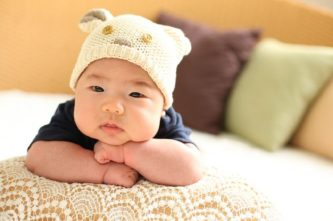 When-you-should-give-pillows-to-your-babies-Best-Pillows-Topratdhomeproducts
